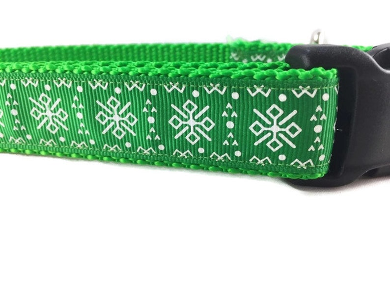 Dog Collar Emerald Isle 1 inch wide adjustable quick image 0