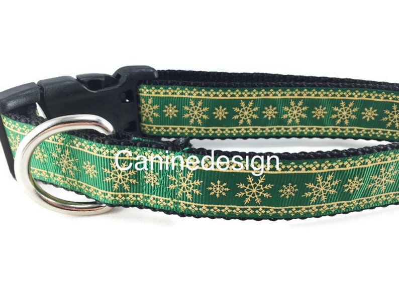 Dog Collar Green and Gold Snowflakes 1 inch wide image 0