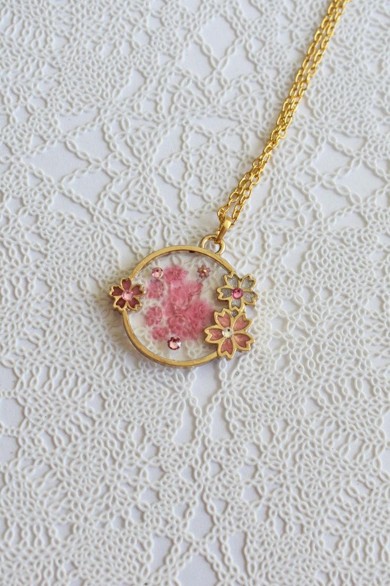Transparent Sakura Pond Necklace