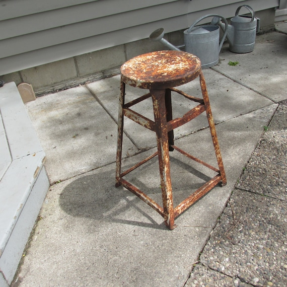 Fantastic Metal Stool Rusty Chippy Outdoor Gardening Decor Fun Pdpeps Interior Chair Design Pdpepsorg