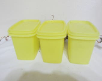 Tupperware Canisters Containers Shelf Savers Set of 3 Sunny Yellow