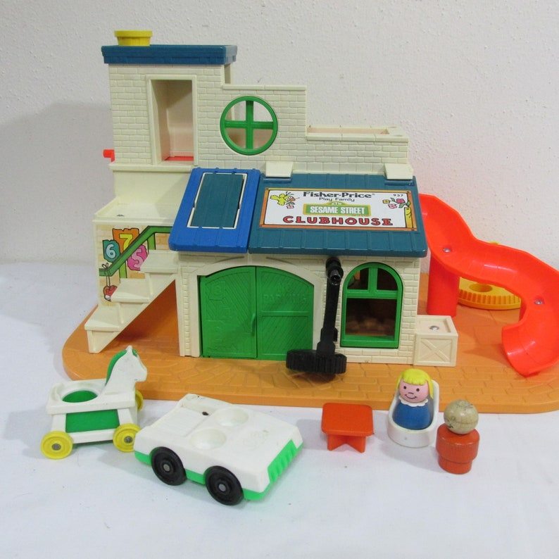 Fisher Price Little People Sesame Street Club House