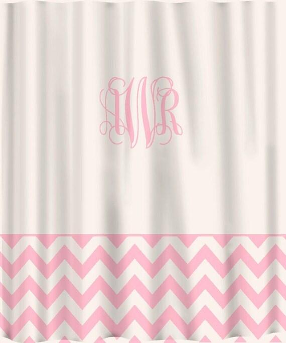rose rideau de douche sur mesure solide avec chevron bordure etsy. Black Bedroom Furniture Sets. Home Design Ideas