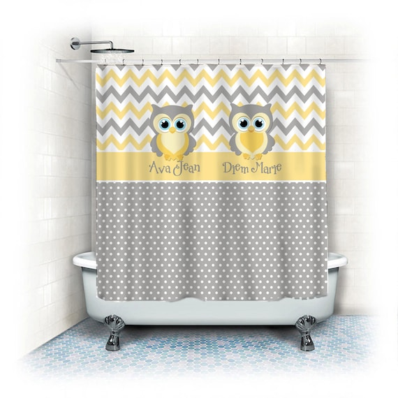 rideau de douche pois gris et jaune pastel accents hibou. Black Bedroom Furniture Sets. Home Design Ideas