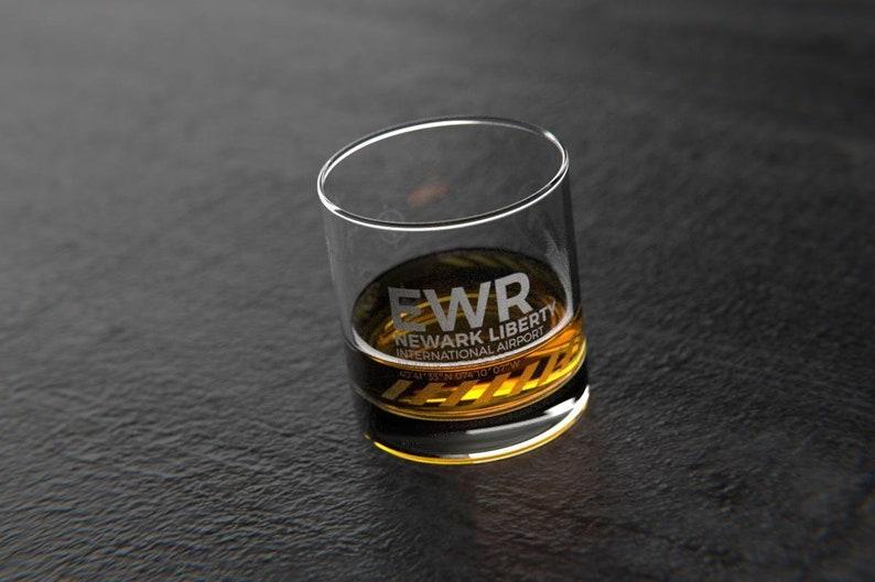 NewarkNew York EWR Airport Rocks Glass
