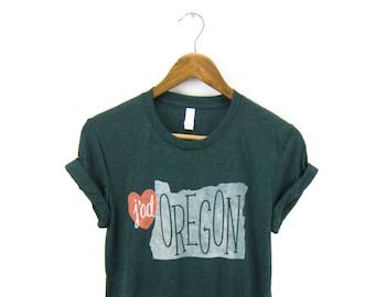 SAMPLE SALE - J'Adoregon Tee - Boyfriend Fit Crew Neck Tshirt with Rolled Cuffs in Heather Emerald Green & Red Heart - Women's Size M