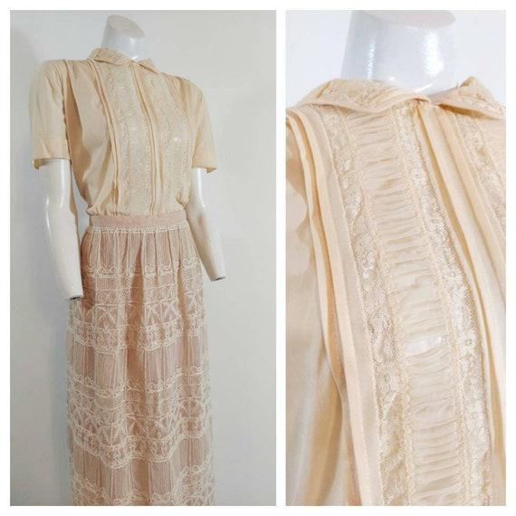Vintage 50s blouse / 50s sheer nylon lace blouse /