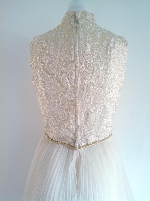 vintage 60s party Dress / vintage gold lame dress… - image 8