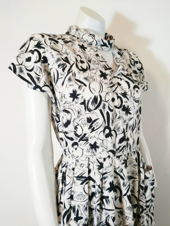 Vintage 50s abstract dress / 50s black and white … - image 4