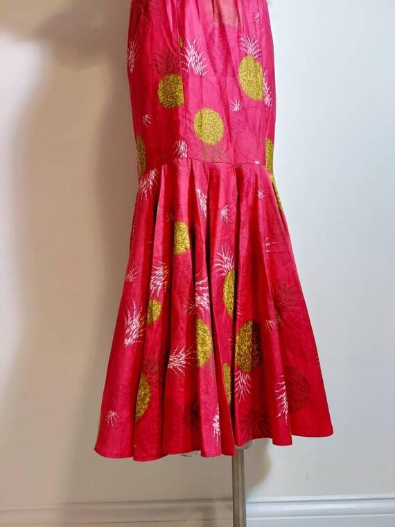 vintage 50s 60s Royal Hawaiian dress / hostess dr… - image 6