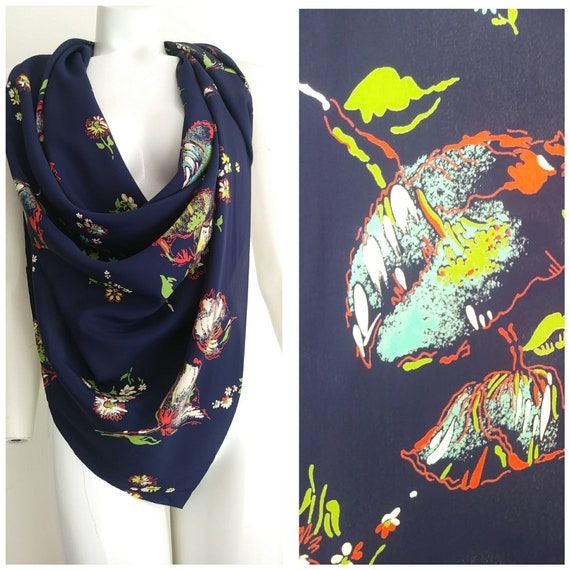 fab 40s silk rayon material / 40s floral scarf / 4