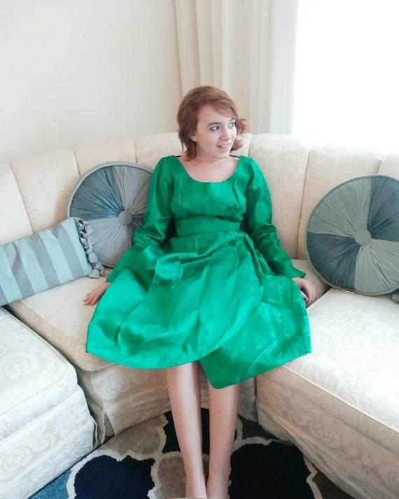 Vintage Kelly Green 50s Dress / 50s party dress /