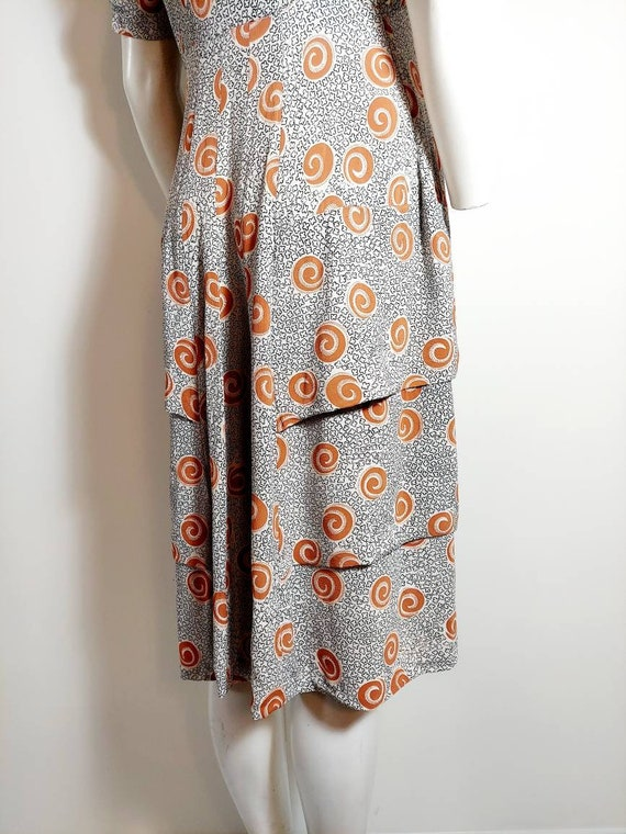 Vintage 40s rayon dress / 40s novelty print dress… - image 7