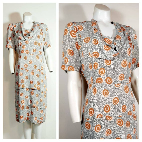 Vintage 40s rayon dress / 40s novelty print dress