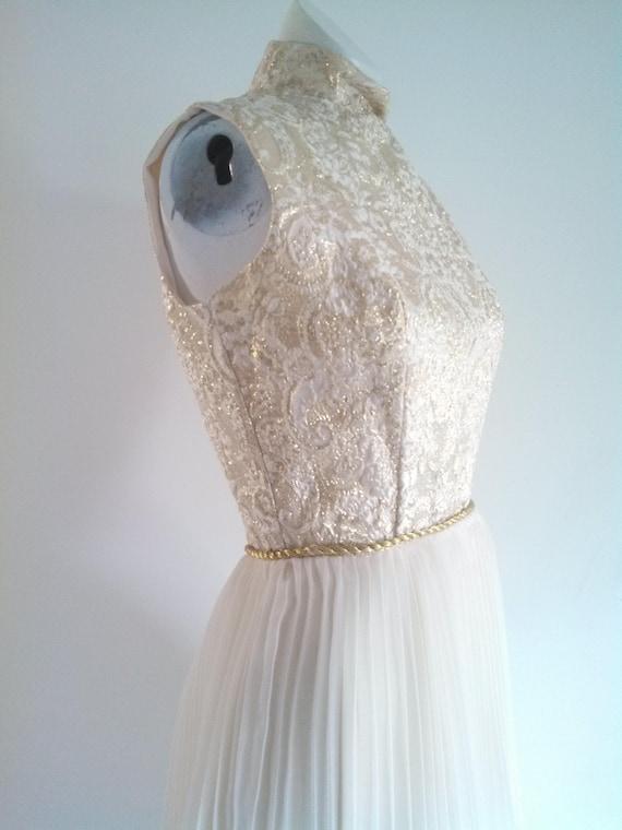 vintage 60s party Dress / vintage gold lame dress… - image 3