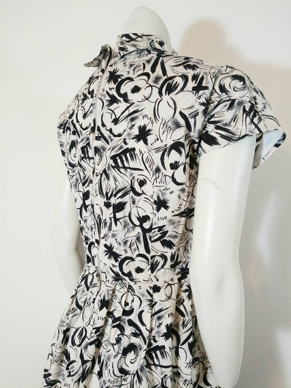 Vintage 50s abstract dress / 50s black and white … - image 9