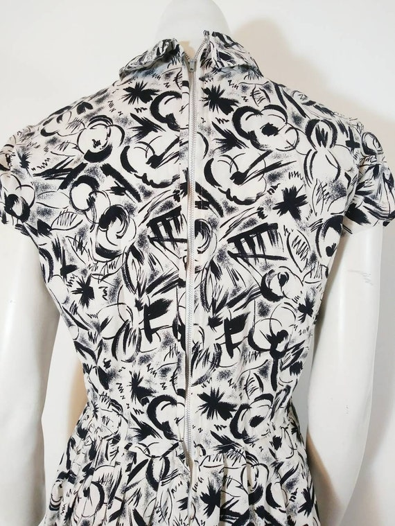 Vintage 50s abstract dress / 50s black and white … - image 10