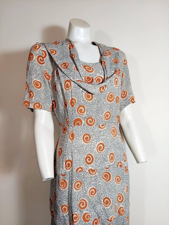 Vintage 40s rayon dress / 40s novelty print dress… - image 3