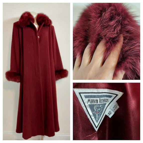Stunning vintage Fox Fur trim coat / long wool coa
