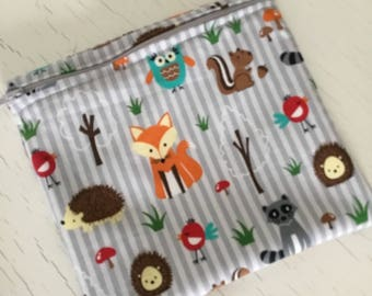 Reusable sandwich bag . Snack baggie. Zippered pouch. Zipper snack baggie.  Woodland animals.