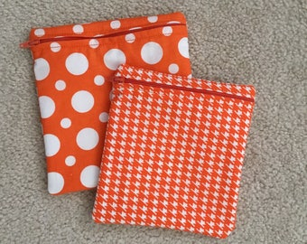 Reusable sandwich bag andSnack Baggie.. Zippered pouch. Orange polka dots and houndstooth.