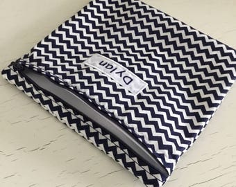Personalized large snack baggie or sandwich bag. Zippered pouch. Navy chevron.