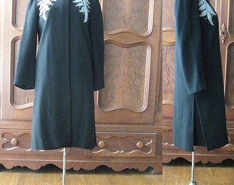 Wool Dress Coat Large Leaf Decoration on Front