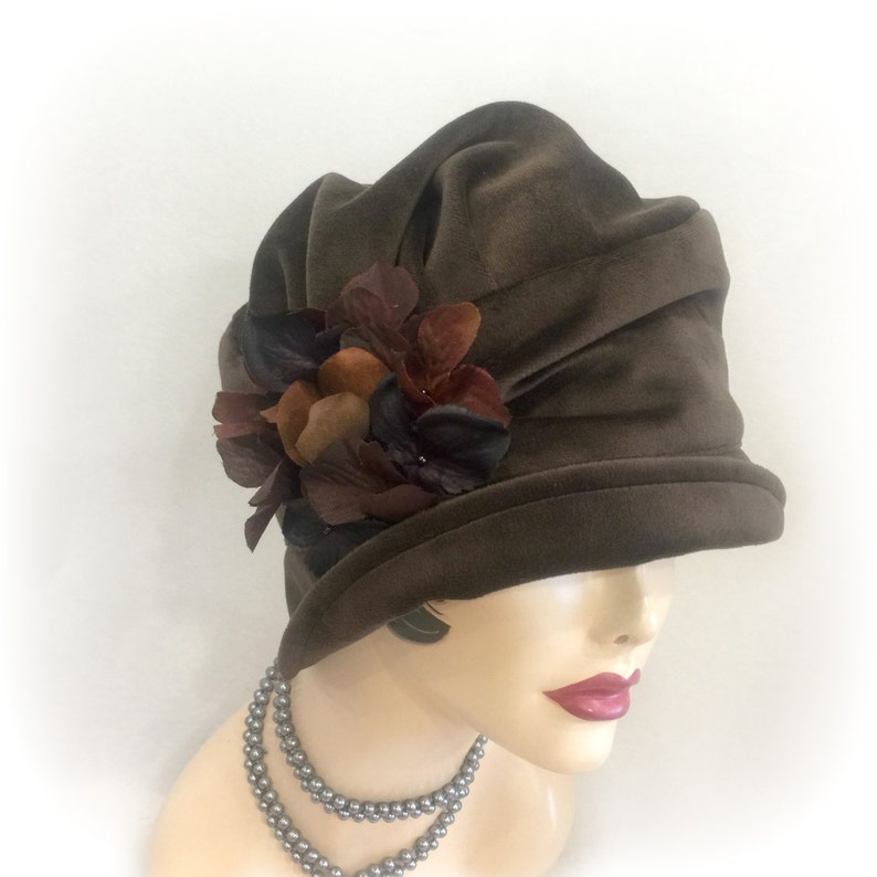 b636ade2974f1 Cloche Hat in 1920 s Downton Abbey Style Handmade in