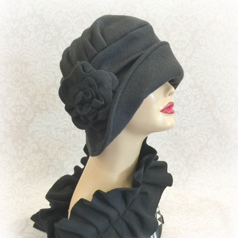 5aef1eebbe3b9 Women s Winter Cloche Hat In 1920s Downton Abbey Style