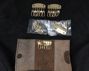 Key Chain, 6 Hook Key Plat, Key Ring, 4 Pieces, Plus a Leather Key Chain