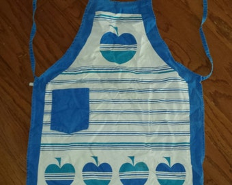 VINTAGE Apple of My Eye! Simple White & Blue Stripe Apple Adorned 1980s Cute Country Farmhouse Cotton Tea Towel Halter Kitchen Apron 20Wx27L