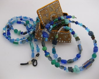 Super Blue Mixed Crystals, Vintage Cane Glass & Eclectic Peasant Beaded 2pc Jewelry Set - Bracelet and Choker Style Memory Wire Necklace
