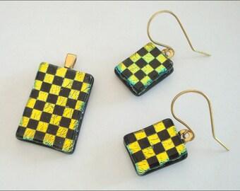 Dichroic glass jewelry set, pendant, earrings - gold chessboard pattern