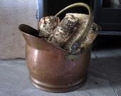 Vintage copper bucket with brass handles Metal kindling storage planter, rubbish bin, Christmas tree stand