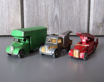 Vintage Lesney toy trucks and lorries / Collectible Matchbox cars c.1950s