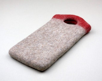 Red loop felt phone case. Ecologic and Organic wool. Phone Case for rock climbers. Gift for traveler. Wool felt phone Case by Onstail. UK