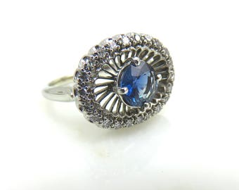ON HOLD Mid 20th Century 0.92 Carat Blue Sapphire and Diamond Engagement Ring Set in Platinum