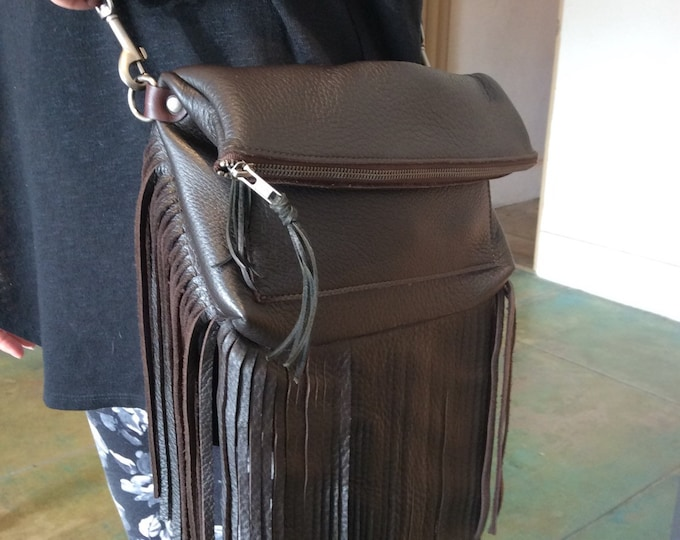 Fold over fringe bag