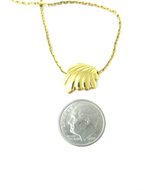 Crown Trifari Signed Dainty Vintage Gold Tone Metal Art Nouveau  Art Deco Focal Lightweight Choker Necklace