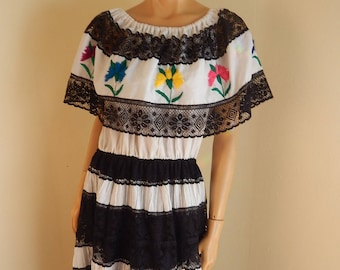 Mexican dress, lace, embroidery, off the shoulder, authentic mexican, wedding, waitress