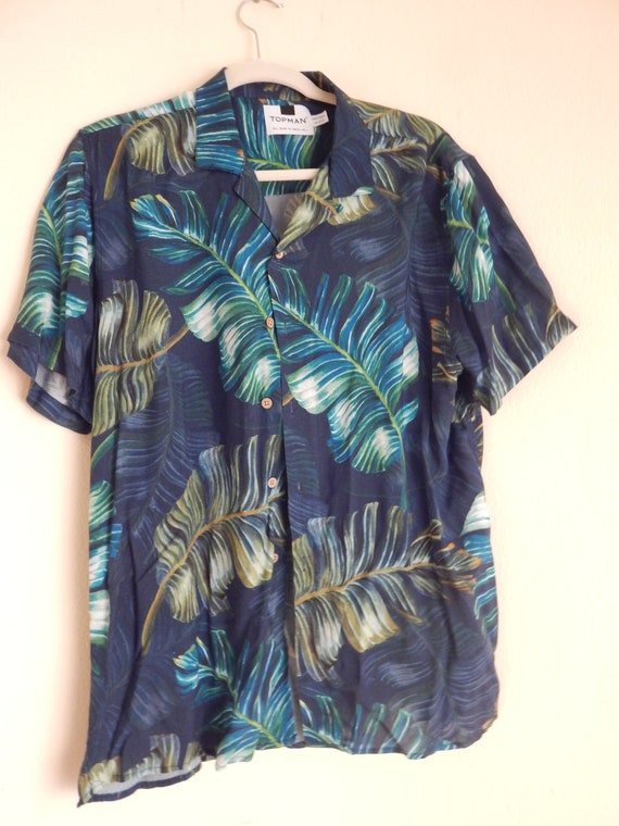 Mens silky rayon aloha shirt, top man hawaiian sh… - image 1