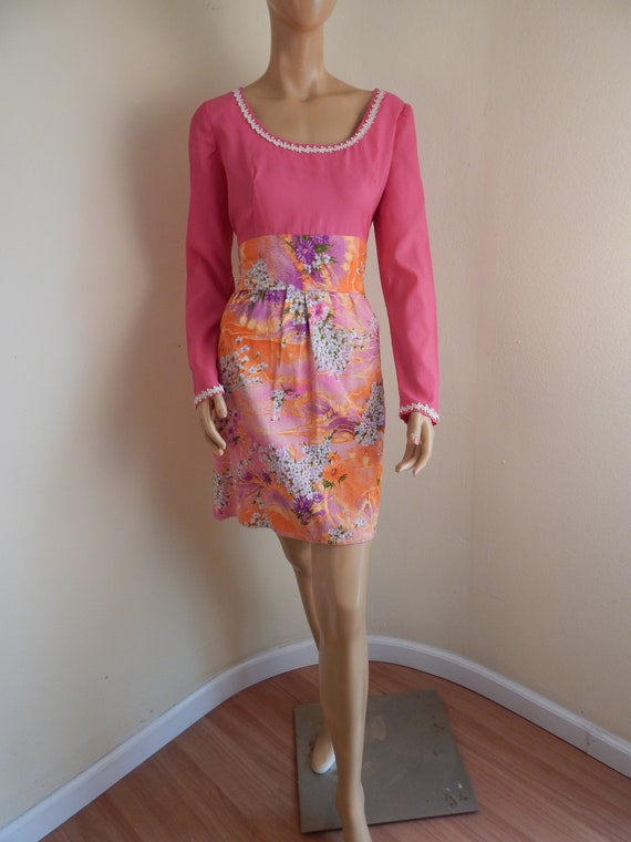 1960s gogo dress, Barkcloth, bust 42
