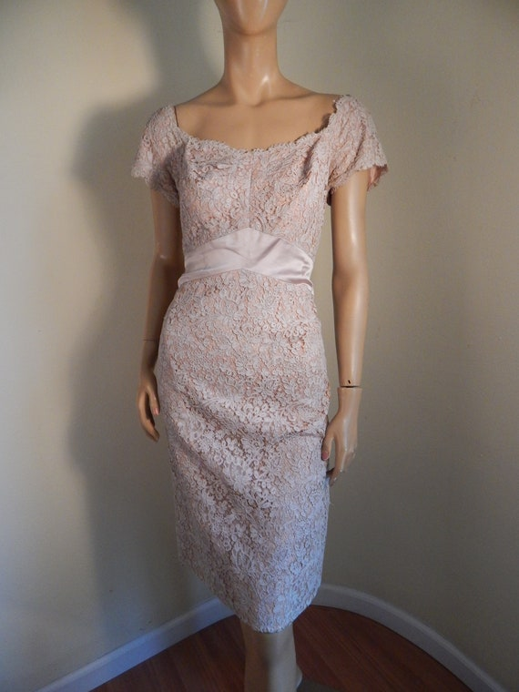 vintage 40s Lace dress, mauve, barkers miami beach