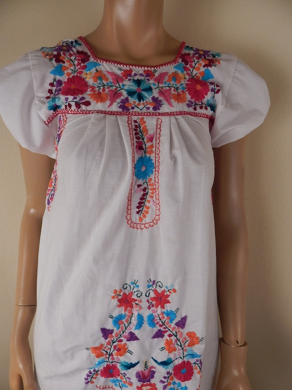 mexican dress, puebla dress, hippie dress, embroid