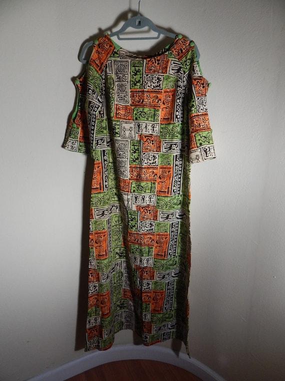 pake muu vintage hawaiian dress,  vintage caftan,