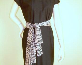 Black Silk Shantung Dress, vintage dress,  LBD , size 6-8 ,Medium perfect condition