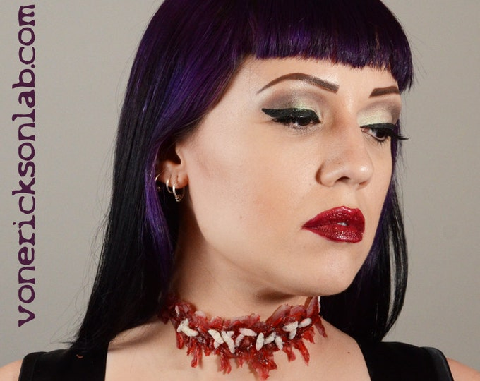Gore Jewelry Halloween Costume   Necklace -  - Slit Throat choker   - Zombie costume Necklace with worms