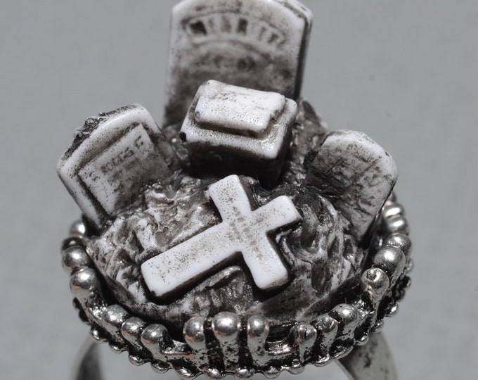Horror Ring-  Funeral- Creepy Old  Victorian Cemetery Style Ring with Tombstones