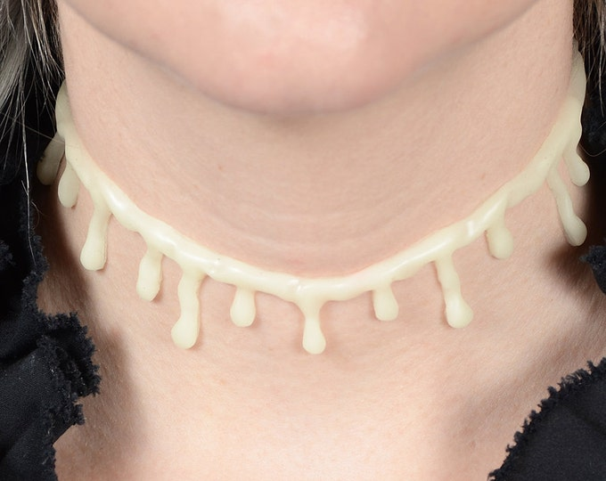 Zombie Necklace - Glow in the Dark  Gothic Horror choker small drips