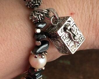 Vintage 925 Sterling Bracelet With Prayer Box Locket Real Pearls Hematite